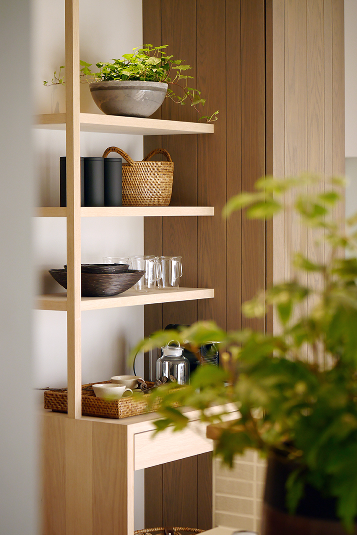 1F_dining_shelf